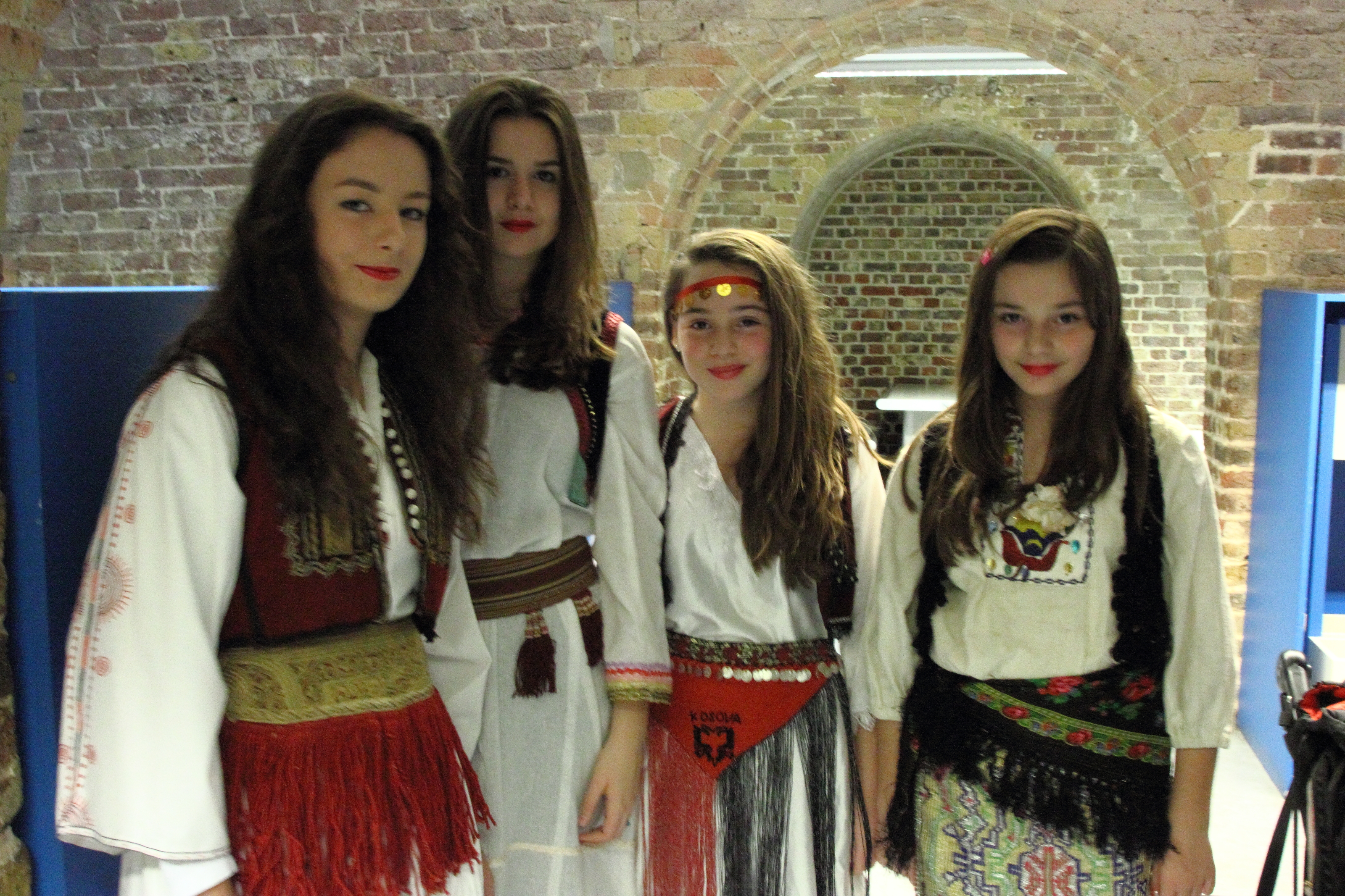 Albanian traditional costumes in London, through a photograph