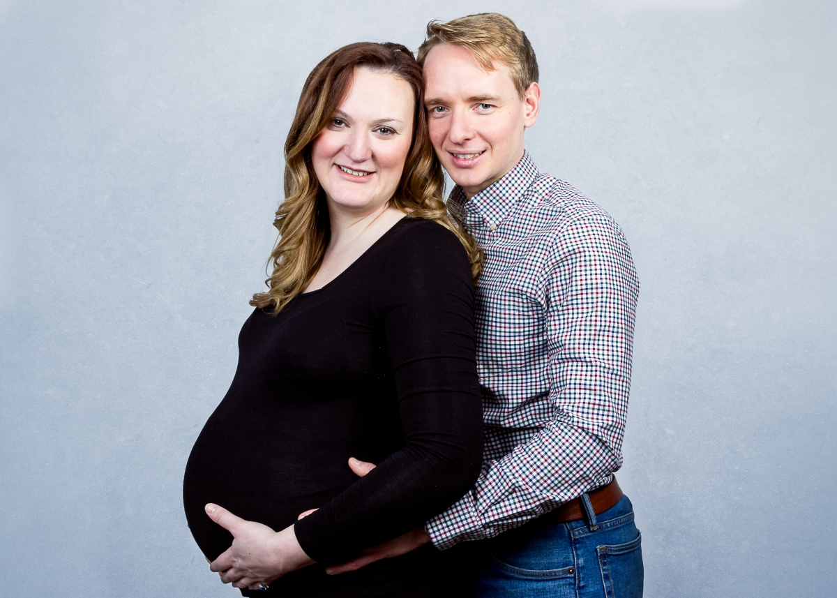 Maternity Photo Shoot with lovely couple in Tooting