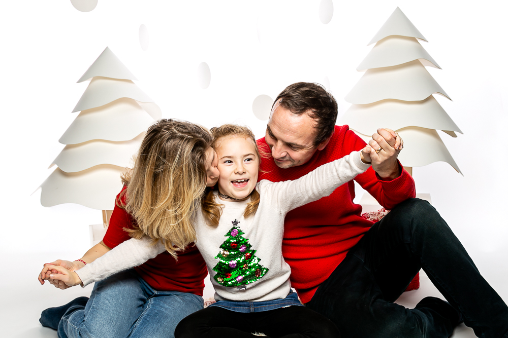 Christmas family photoshoot, at Robbies in Balham, get your gifts ready.