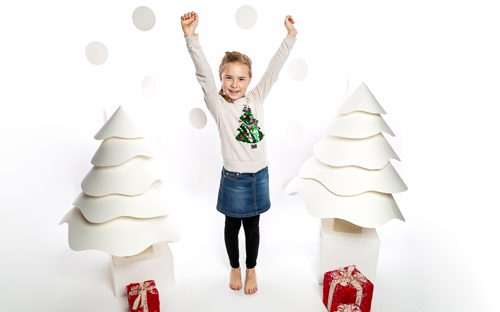 "Christmas family photoshoot, at Robbies Photographics Balham, get your ""enchanted"" gifts ready for the family!"